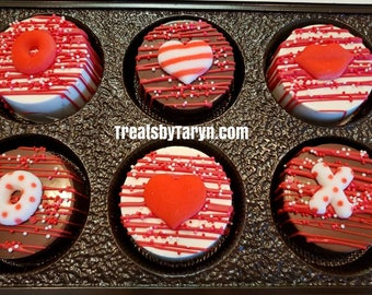 Valentine's day chocolate covered oreo gift set. Valentine oreo. Valentine's day. chocolate. oreo. Valentine's day treat. Conversation heart