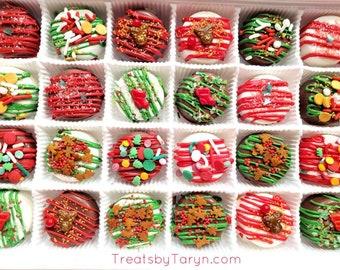 Mini Christmas chocolate covered Oreo gift set. Christmas oreos. Christmas treats. Christmas gifts. Christmas favors. Chocolate oreos