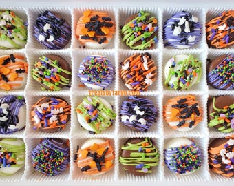 Mini Halloween chocolate covered Oreo gift set. Halloween oreos. Halloween day treats. Halloween gifts. Halloween favors. Chocolate oreos
