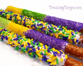 Chocolate covered Mardi gras pretzels. Mardi gras treats. NOLA treats. Mardi gras party. Mardi gras chocolate.  Mardi gras. King cake