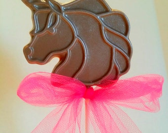 Unicorn chocolate lollipops