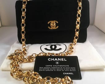 51fd74623571 Chanel authentic vintage shoulder bag