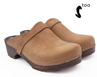 0dc7d2c69d8 Low heel clogs | Etsy