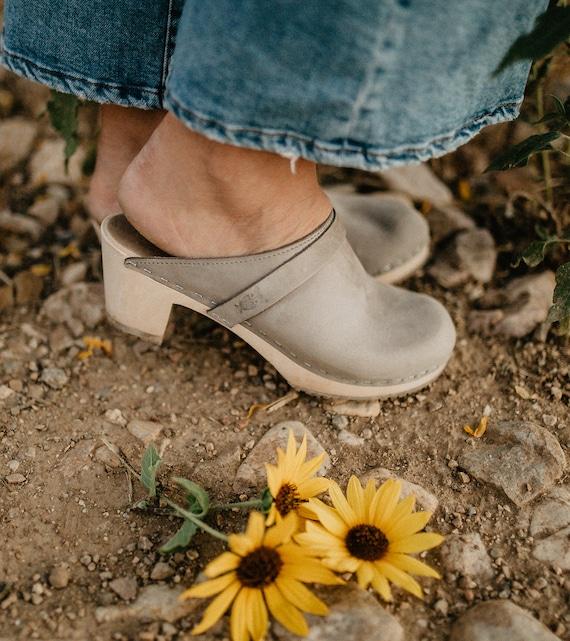 64f45d0ed390c Clogs/Swedish Clogs/Leather Clogs/ Mid Heel Clogs/Mules/Comfort  Shoes/Leather Shoes/Women Shoes/Classic Clogs/Wood Clogs/Sandgrens Dublin