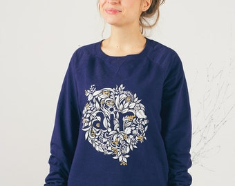 Hand painted Blue Floral Rustic Botanical Women gift Sweatshirt: Air