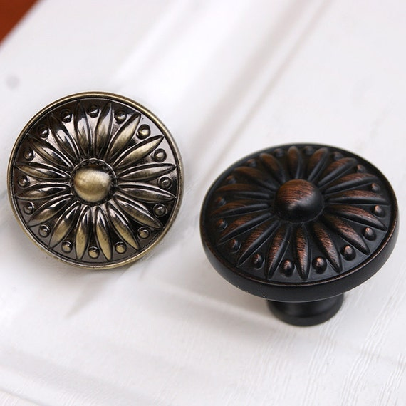Drawer Knobs Pulls Antique Brass Black Red Copper Small Dresser Knobs  Handles Metal Cabinet Knobs Pull Handles Decorative Furniture Hardware From  LBFEEL On ...