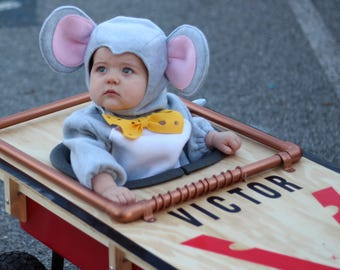 Mouse Costume  (Trap not included)