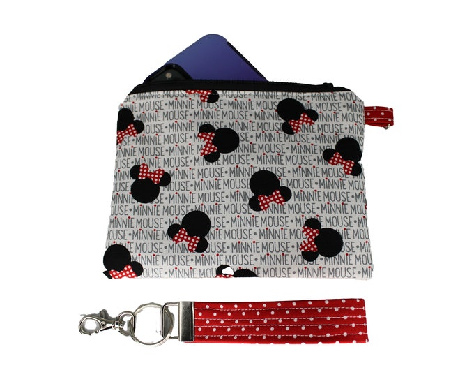Minnie Mouse Carly Wristlet