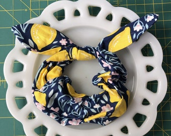 Bow Tie Scrunchie Blue Lemon