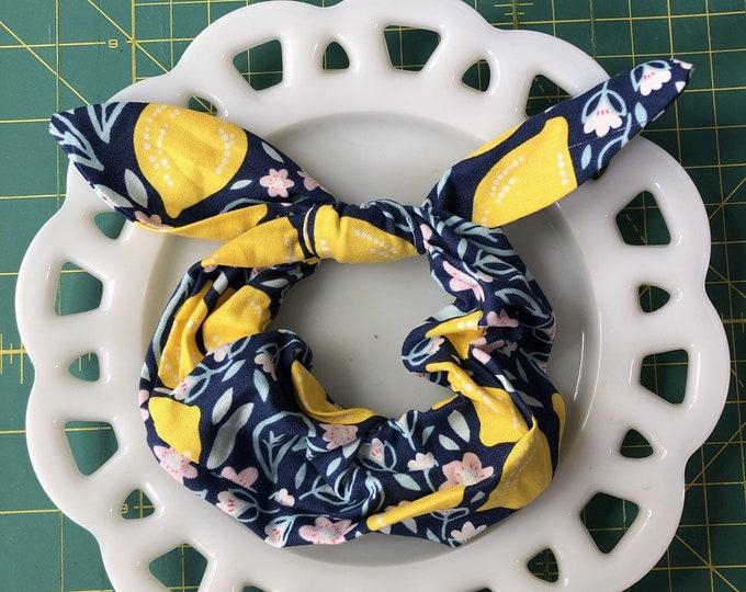 Bow Tie Scrunchie Blue Lemon
