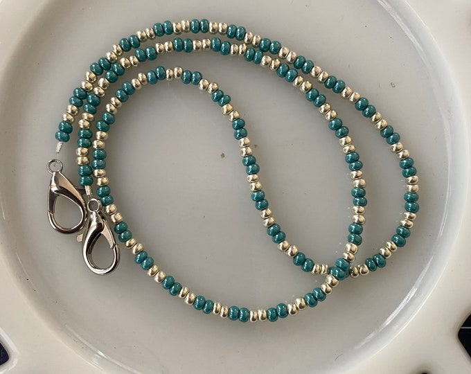 Face Mask Beaded Chain Silver and Blue