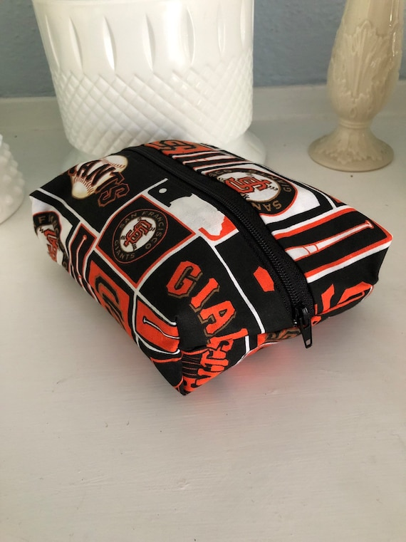 San Francisco Giants Pouch