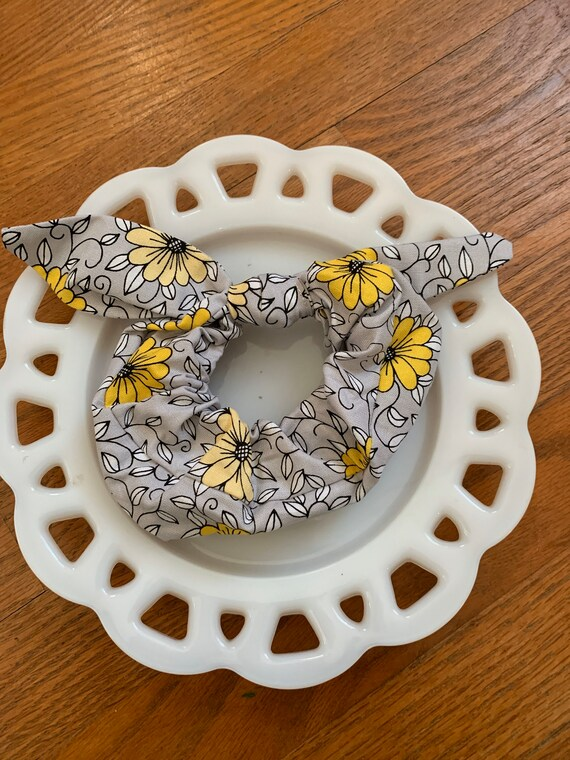 Bow Tie Scrunchie Grey and Yellow Floral