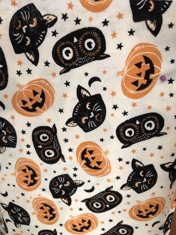 Vintage Inspired Halloween Cloth Napkin