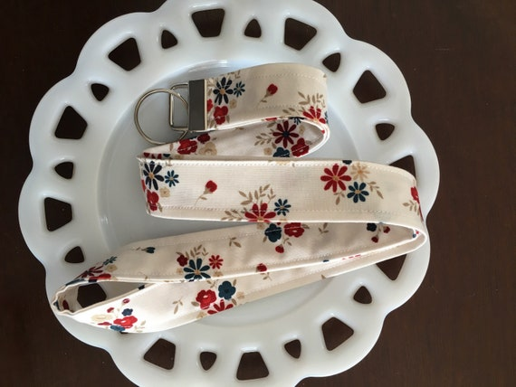 Cream Floral Lanyard American Heritage for Penny Rose Fabrics
