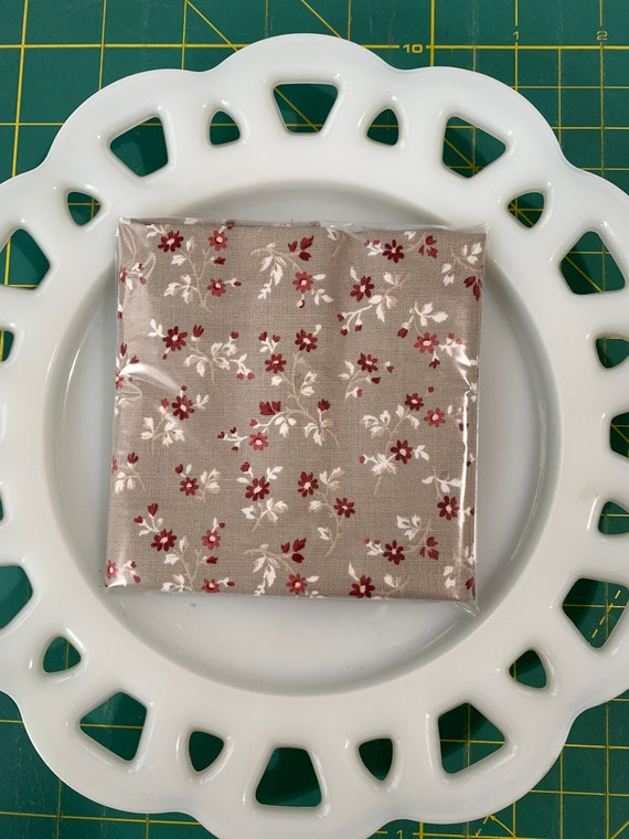 Petite Taupe Floral Lunch Box Napkin