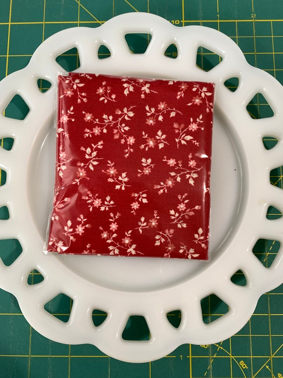 Petite Red Floral Lunch Box Napkin