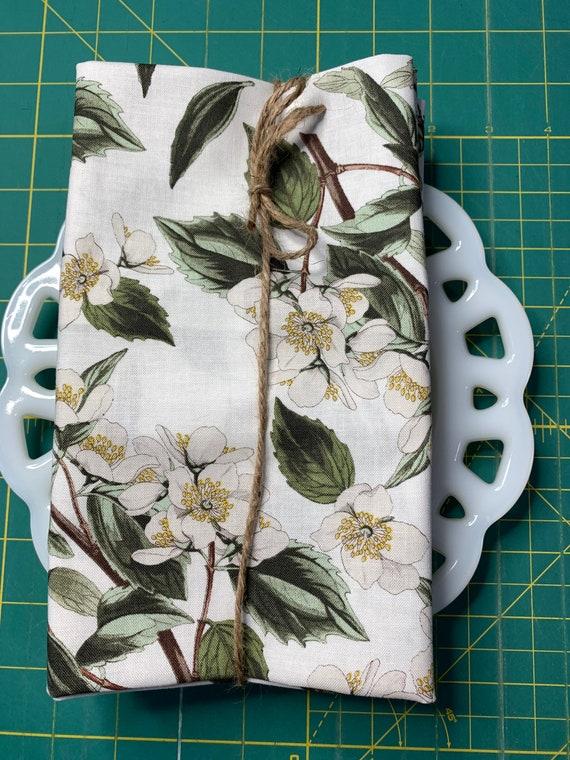 Magnolia Flower Cloth Napkin