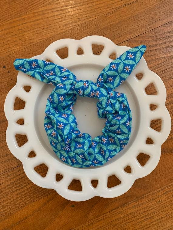 Bow Tie Scrunchie Teal Diamond