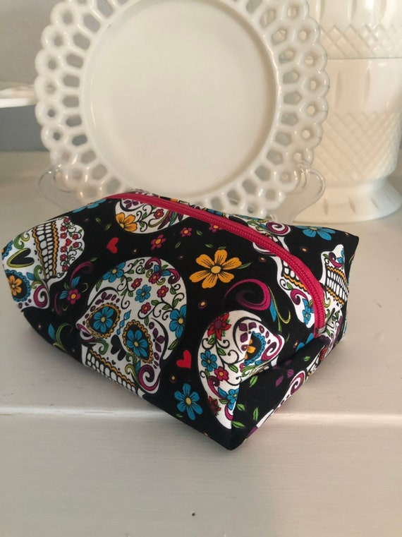 Day of the Dead Sugar Skulls Pouch