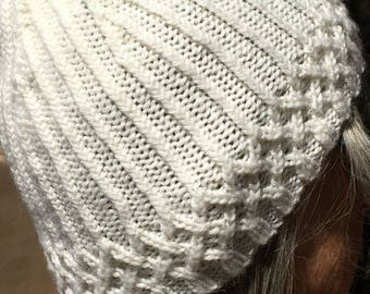 Handknit White Ribbed Hat