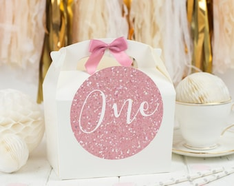 Personalised First  Birthday Party Favour Gift Box | PINK GLITTER NUMBER | Celebration Party Gift Bag with Bow and glitter effect