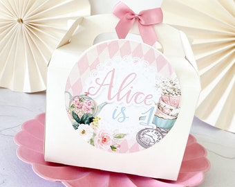 Children's Party Box   ALICE IN WONDERLAND   Personalised kids luxe picnic meal boxes