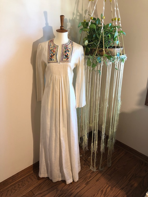 1970s Embroidered Mexican Style Maxi Dress