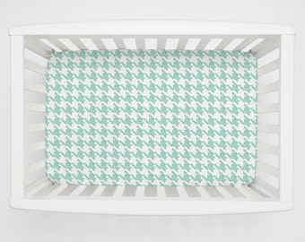 Boy Baby Bedding / Girl Baby Bedding / Neutral Baby Bedding : Mint Modern Houndstooth Mini Crib Sheet by Carousel Designs