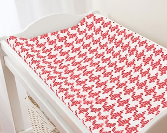 Carousel Designs Coral Modern Houndstooth Changing Pad Cover