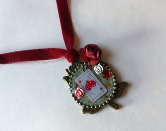 Queen of Roses Necklace