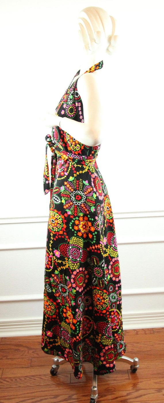 Vintage 60s 70s Barkcloth Wrap Halter Dress Black… - image 6