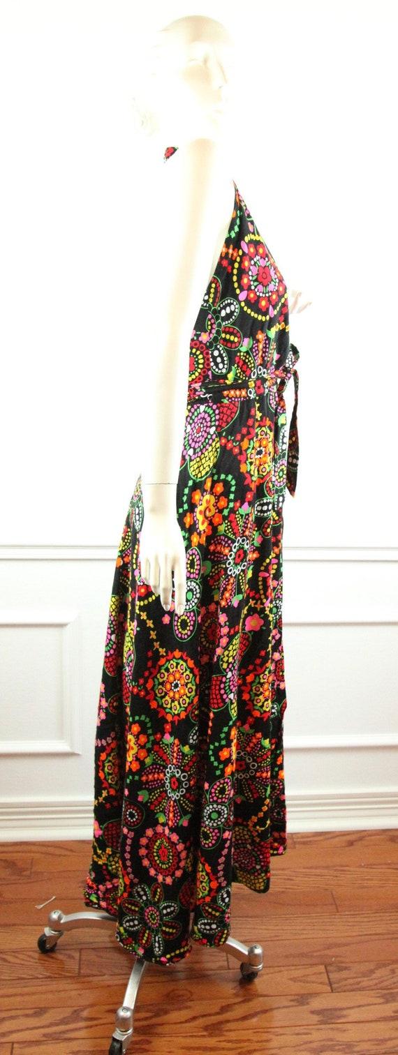 Vintage 60s 70s Barkcloth Wrap Halter Dress Black… - image 8