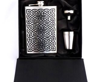 Celtic Knotwork Flask Set