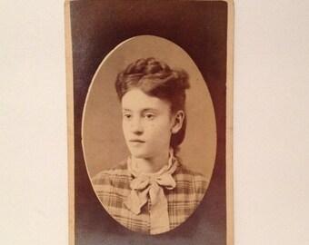 AUF Verkauf Gardiner Mir Maine Alte Vintage Antik Cdv Carte De Visite Foto Fotografie Ziemlich Schone Junge Frau Madchen