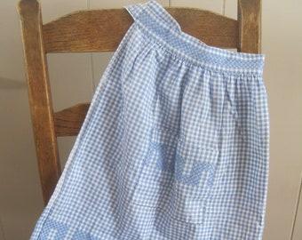 Cute Half Apron! Light Blue and White Gingham, Chicken Scratch, Embroidered,  Vintage, Pocket, Vintage