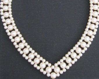 2d1a22c0e3392 80s pearl necklace   Etsy