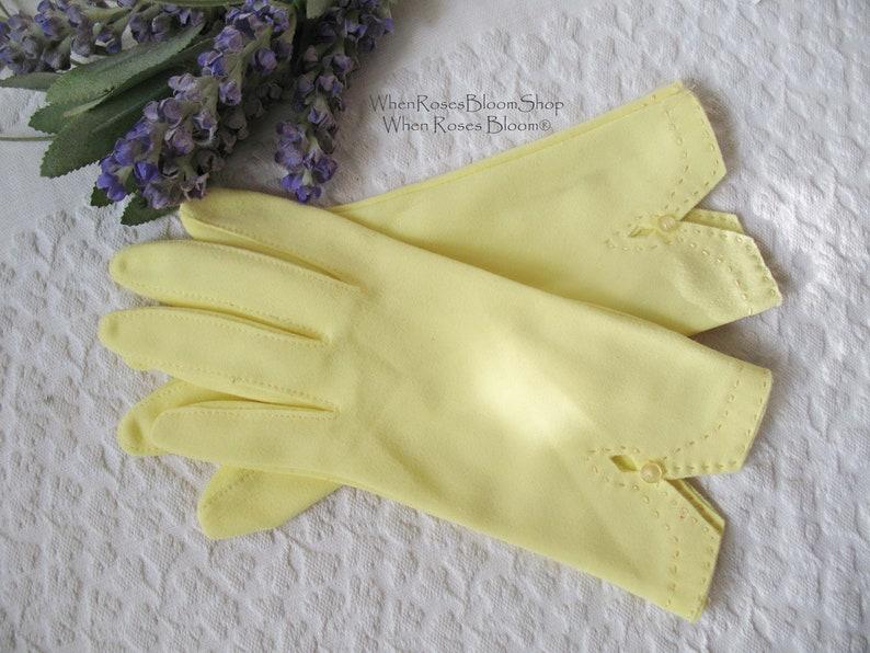 dating vintage gloves