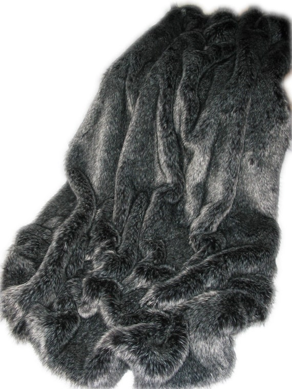 """SUPER SOFT RED FOX FAUX FUR THROW//BLANKET 60/""""X72/"""",MADE IN CANADA"""