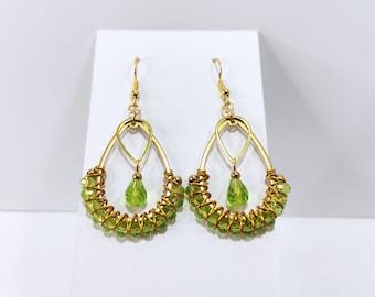 Earrings drop green woven Creole way golden vintage style