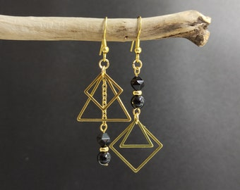 Asymmetrical mismatched earrings onyx cube black and gold stainless steel, black and gold earrings