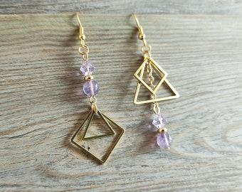 Asymmetric asymmetric earrings amethyst purple crystal and gold stainless steel, parma purple earrings
