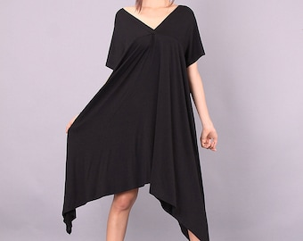 Maxi Dress, Maternity over sized dress, Wide black dress, V neckline on front and back, Short sleeved tunic by UrbanMood,COJANYVL