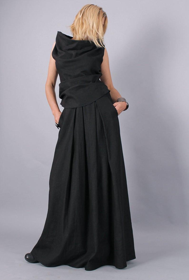 9ff9a6472175 Long Length Black Skirts