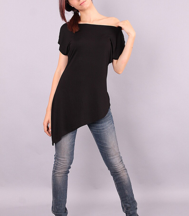 Tunic Asymmetric black top with short sleeves loose top image 0