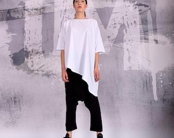 White T-shirt, White tunic, cotton t-shirt, loose tunic, wide tunic, asymmetric t-shirt, extra wide t-shirt, plus size t-shirt, UM-203-CO