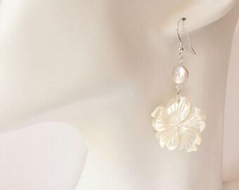 Plumeria Shell Earrings, Pearl Plumeria Earrings, Hawaiian Earrings, Pearl Frangipani Earrings, Beach Wedding Earrings, Bridesmaid Gift