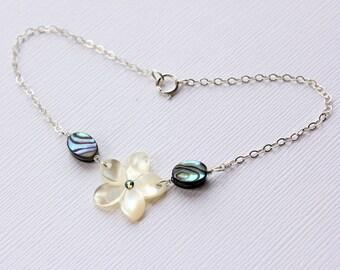 Abalone Plumeria Bracelet, Paua Frangipani Bracelet, Hawaiian Bracelet, Beach Wedding Bracelet, Bridesmaid Gift, Plumeria Shell Bracelet