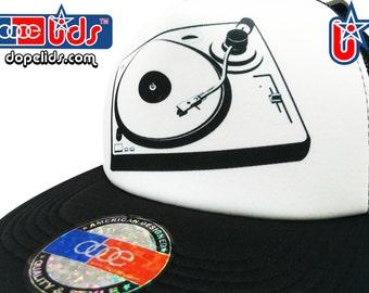 8fe2e0da458a1 smART-patches Vintage Style DJ Turntable Print Trucker Hat Cap
