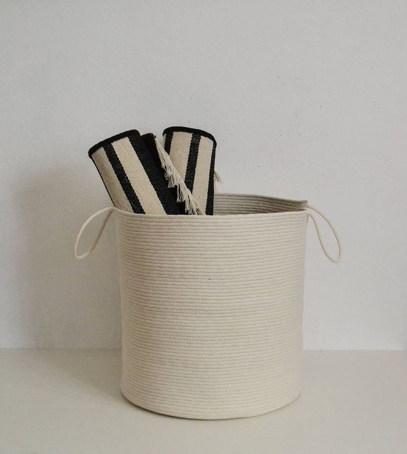 Storage basket White basket Black basketLaundry basketToys image 0
